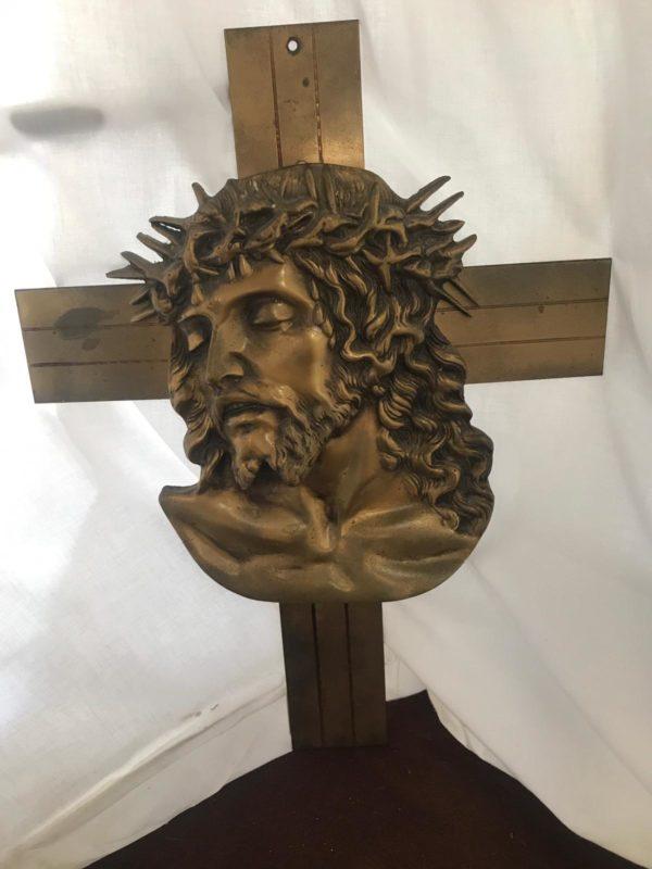 Croce con volto di Cristo