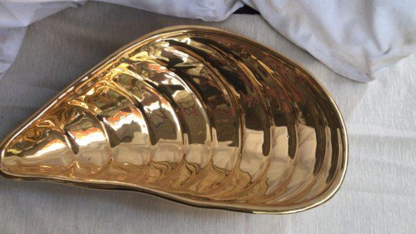 Centro-tavolo dorato