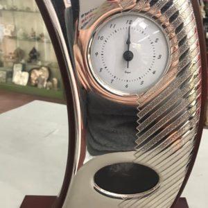 Orologio classico in argento e legno
